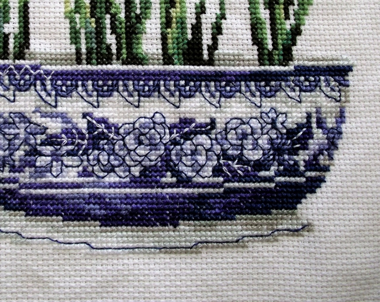 Cross-stitch Bowl